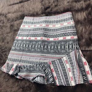 Top shop mini skirt linen tribal pattern Sz 8